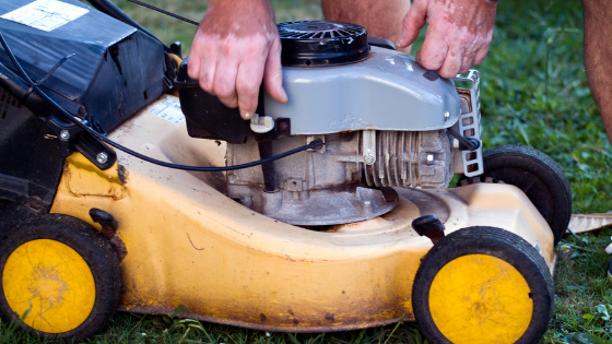 6 Signs You Need to Buy a New Lawn Mower
