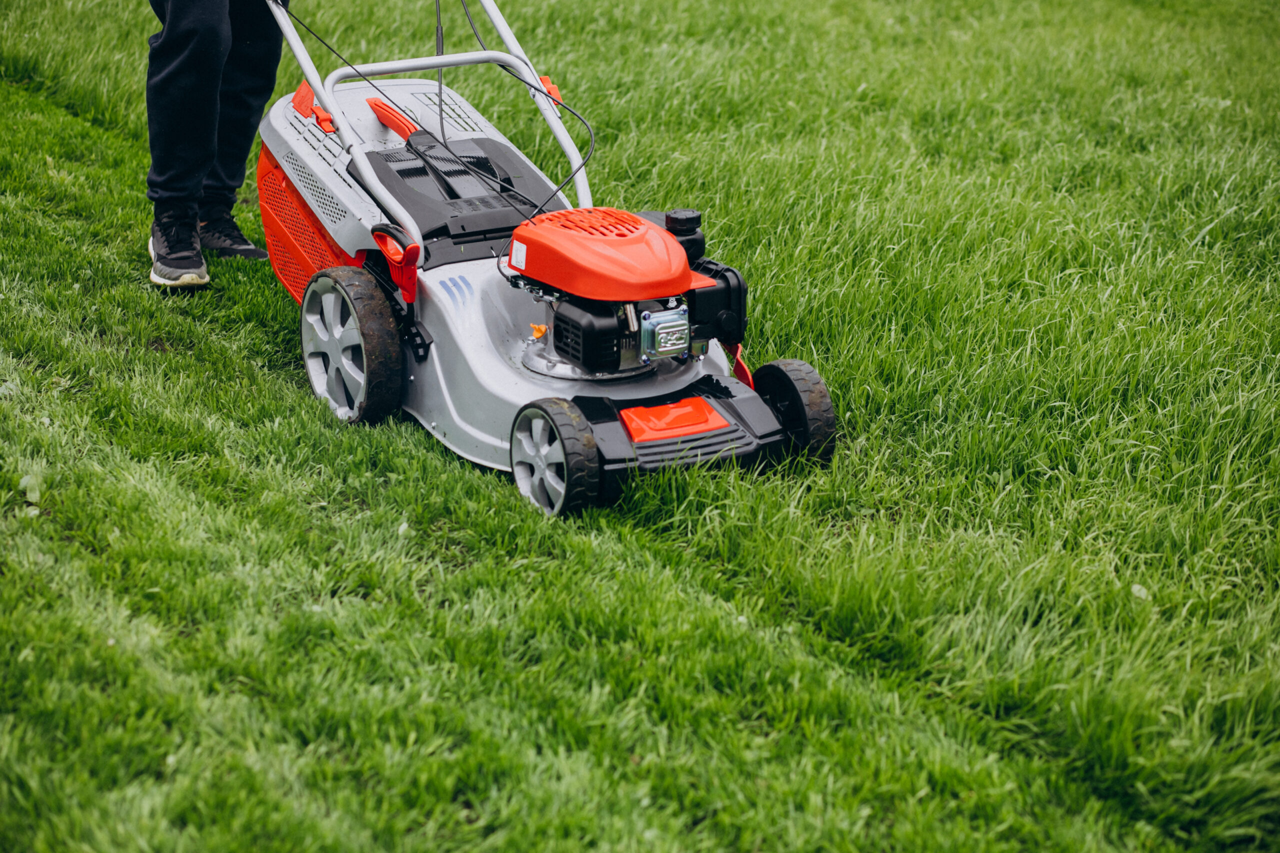 8 Lawn Mowing Tips For The Summer